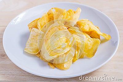 la banana disidratata scheggia la cucina fritta in olio di cocco fotografia stock immagine 59616669