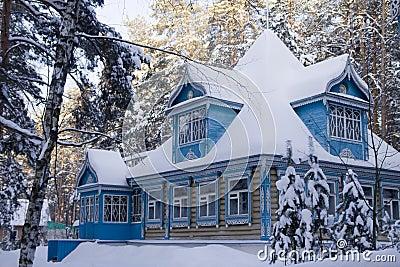la maison russe en hiver images stock image 14107504. Black Bedroom Furniture Sets. Home Design Ideas