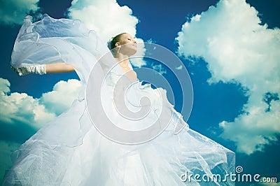 La mariée dans le ciel
