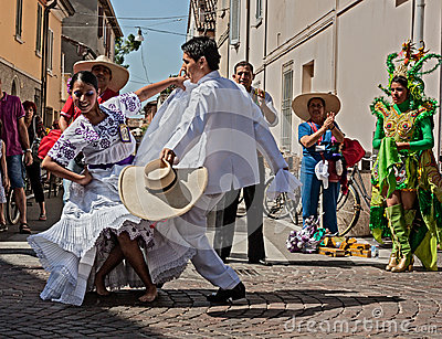 La marinera, peruvian dance Editorial Stock Image