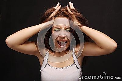 La ragazza gridante