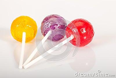 la sucette colore saute sur le blanc photo stock image 34694180 - Sucette Colore