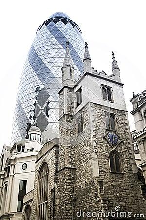 La ville de gratte ciel de cornichon de londres photos for Architecture moderne londres