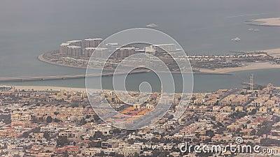 La vue aérienne de l'homme de Dubaï a fait Daria Island, Dubaï, Emirats Arabes Unis clips vidéos