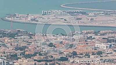 La vue aérienne de l'homme de Dubaï a fait Daria Island, Dubaï, Emirats Arabes Unis banque de vidéos