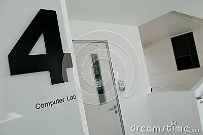 Laboratorium för 4 dator