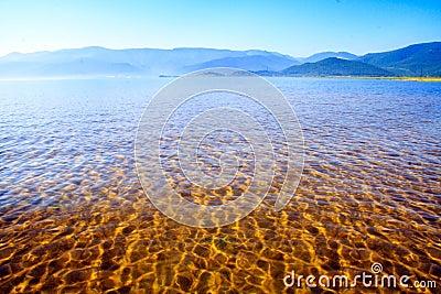 Résultat d'images pour lac baikal coucher de soleil