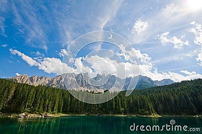 Lac de dolomiti de caresse