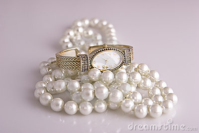 Ladies Watch and Pearls