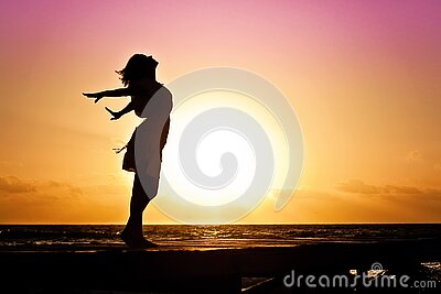 Lady In Beach Silhouette During Daytime Photography Free Public Domain Cc0 Image