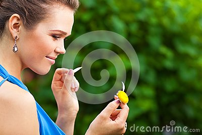 Lady with camomile