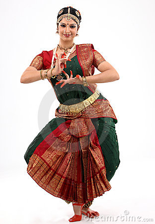 Lady performing bharatanatyam dance