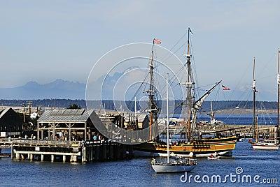 Lady Washington in port