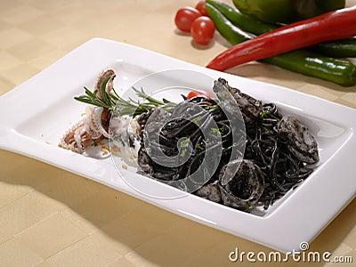 Lagad mat bläckfisk