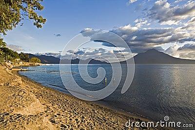Lago Attilan