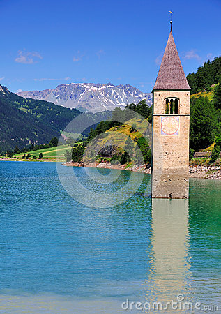 Free Lago Di Resia (Reschensee), Italy Royalty Free Stock Photos - 29943778
