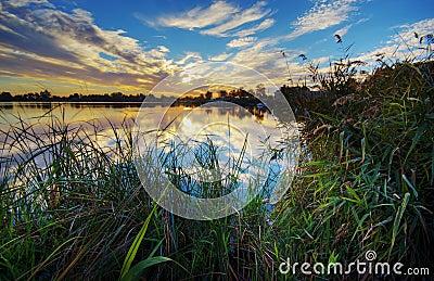 Lago Massaciuccoli al tramonto
