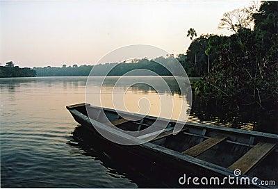 Lago Sandoval, Peru