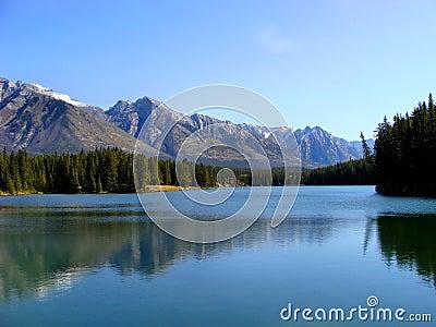 Lago two Gato