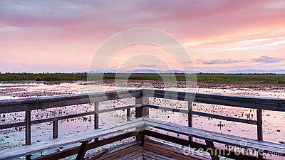 Twilight Makeup on Lagoon On Twilight Time Stock Image   Image  31632191