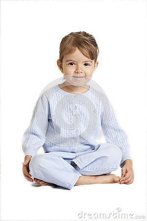 Lagt benen på ryggen sittande kors för liten flicka