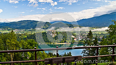 Lake Bled, castle and the surrounding mountains