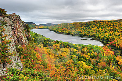 Lake of the clouds, Pocupine Mountains state Park