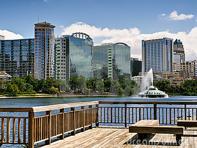 Lake Eola and Orlando skyline
