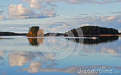 Lake islands