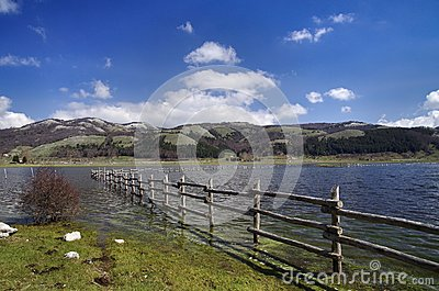 Lake laceno