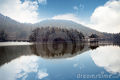 Lake landscape in lushan