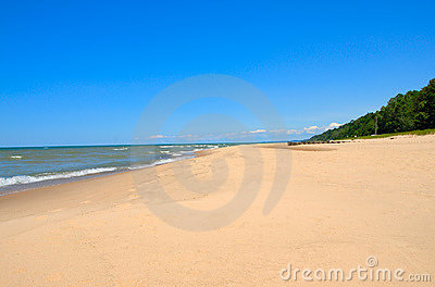 Lake Michigan Shoreline Stock Images - Image: 980174