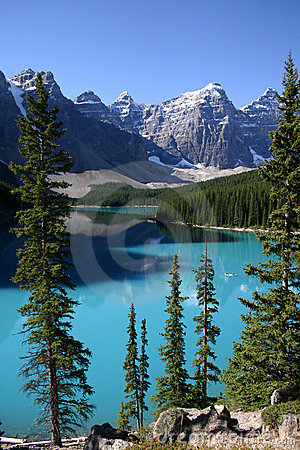 LAKE MORAINE CANOEING (click