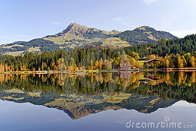 Lake and mountains at Schwarzsee - Kitzbuhel Austr