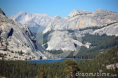 Lake Tahoe in Yosemite national park