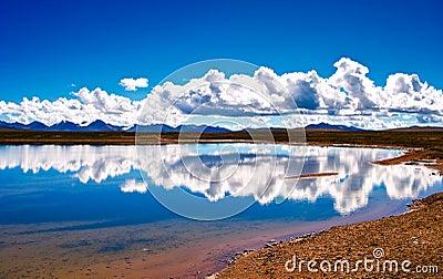Lake of the Tibetan Plateau