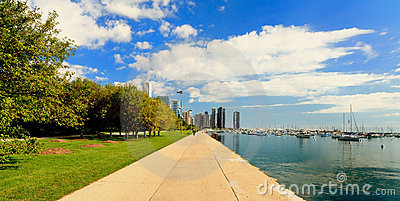 Lakeshore trail downtown Chicago