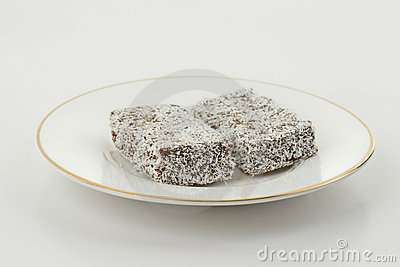 Lamington cake fingers