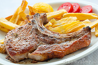 Lamp chop with french fries