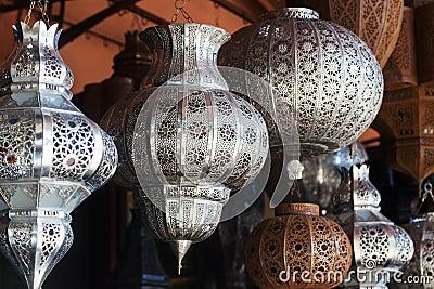 Lampade arabe a Marrakesh fotografia stock. Immagine di tradizionale - 36780436
