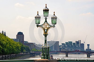 Lamps on London Bridge