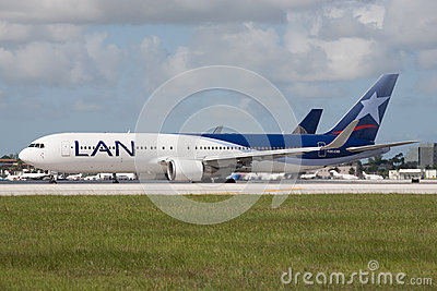 Lan Chile Airlines Boeing 767 Aircraft Editorial Stock Photo