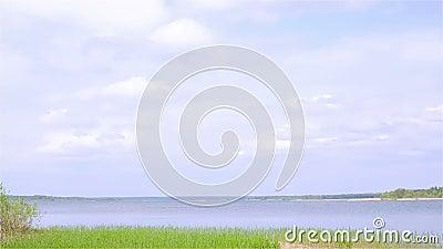Landelijk landschap nave Meer stock footage