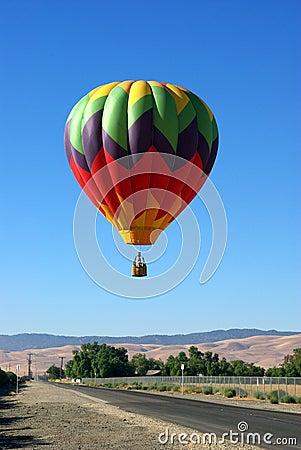 Free Landing A Hot Air Balloon Stock Image - 6120101