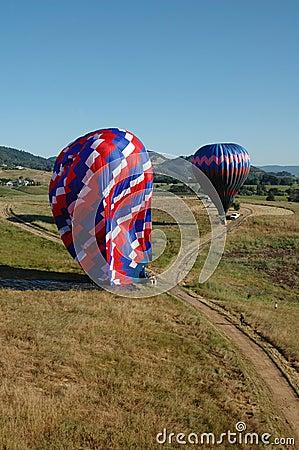 Free Landing Hot Air Balloons Royalty Free Stock Images - 12927969
