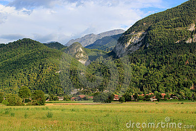 Mountain and Wood Holidays