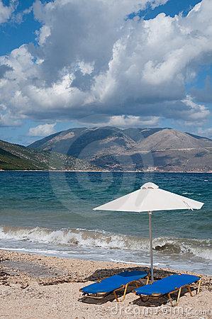 Free Landscape With  Beach And Parasols Royalty Free Stock Image - 11329536