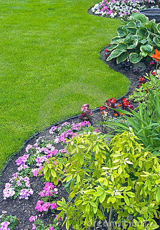 Free Landscaped Yard And Garden Stock Images - 23893364