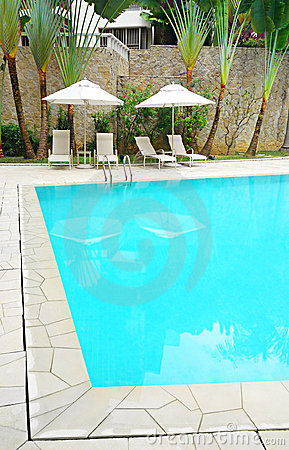 Free Landscaping At Modern Resort Pool Royalty Free Stock Photography - 8370727