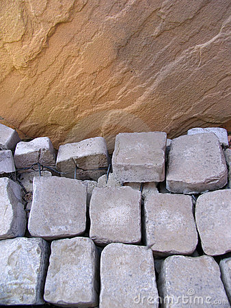 Free Landscaping Materials Royalty Free Stock Images - 659679